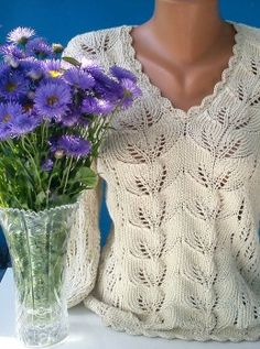 Free Knitting Patterns - Pullover with Leaf Pattern Knitting Videos, Free Knitting, Top Pattern, Free Pattern, Quick Knits, Roll Neck Sweater, Mohair Sweater, Sweater Knitting Patterns, Crochet Hook Sizes