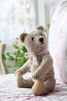 Vintage teddy ~