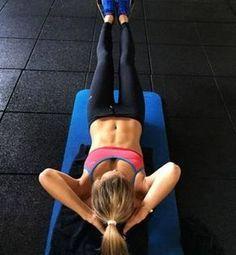 Embora sejam apenas 4 minutos de exercícios para o abdômen, a intensidade é muito alta, por isso, se não estiver acostumado, comece pouco a pouco.