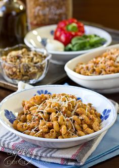 Roasted Red Pepper Pesto Pasta   This easy recipe is just the thing to ring in the year new! A healthy pasta recipe using whole grain noodles, that everyone will enjoy.