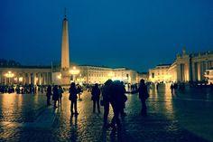 Piazza San Pietro (Saint Peter's Square) at night (Rome, italy, 2013)