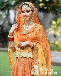 Punjabi Suits Designer Boutique, Sikh Bride, Traditional Frames, Punjabi Girls, Indian Bridal Outfits, Royal Brides, Wedding Styles, Cute Girls, Clothing Ideas