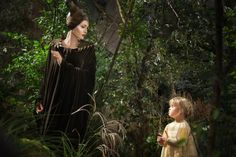 #Maleficent Movie Review: Should I Take My Kids to See Maleficent?
