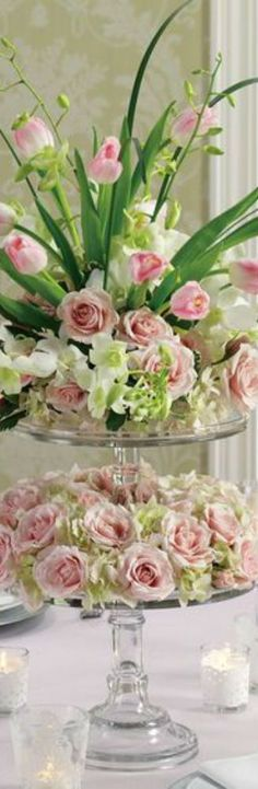 flowers.quenalbertini2: Floral Centerpiece | Yes-Yolan