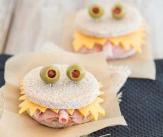 Petiscos de #Halloween: sanduíches de monstros http://vilamulher.terra.com.br/sanduiches-de-monstro-petiscos-de-halloween-4-1-75-1415.html