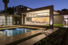 Modern comfort and subtle luxury: House Sar in South Africa