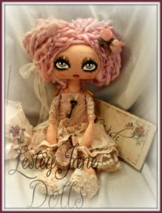 Dinah Rosedip. Collectable Shabby Chic Cloth by lesleyjanedolls