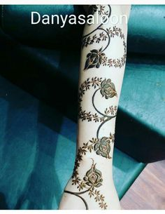 Wedding Henna Designs, Floral Henna Designs, Engagement Mehndi Designs, Arabic Henna Designs, Mehndi Designs For Girls, Latest Mehndi Designs, Henna Tattoo Designs, Tattoo Ideas, Mahandi Design