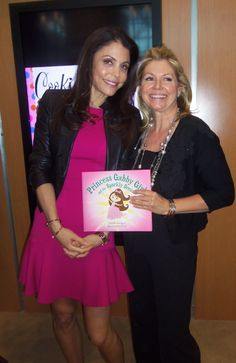 #Bethenny Frankel is back on #NYC Housewives! Guilty pleasure! #Bravo #BEA Bethenny is extremely nice! I wish her all the best on her new journey!  PrincessGabbyGirl.com