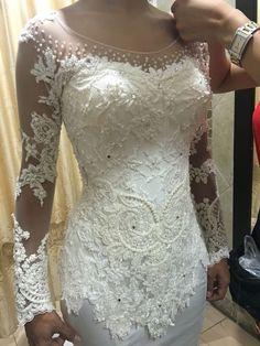 Kebaya Lace, Batik Kebaya, Kebaya Dress, Model Kebaya Modern, Kebaya Modern Dress, Kebaya Wedding, Wedding Dresses, Dress Brokat, Batik Fashion
