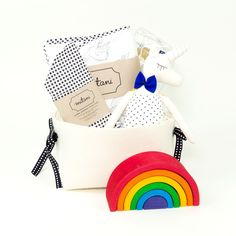Bath Time Themed Gift Basket - Rainbows + Unicorns – Bonjour Baby Baskets - Luxury Baby Gifts