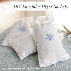 Keep your laundry and linens smelling fresh and fragrant with these easy-to-make Lavender Dryer Sachets. You can use lavender buds or other dried flower. Lavender Crafts, Lavender Bags, Lavender Sachets, Lavender Candles, Diy Craft Projects, Sewing Projects, Craft Ideas, Project Ideas, Craft Gifts