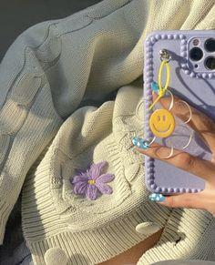 Cute Cases, Cute Phone Cases, Iphone Cases, Mode Purple, Accessoires Iphone, Aesthetic Phone Case, Accesorios Casual, Diy Phone Case, Kawaii Phone Case