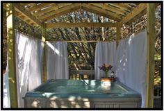 Wimberley, Texas Pet Friendly Cottages - Pet friendly vacation rental cabins and cottages with private hot tubs, dog park and pet sitting services. Situated on Cypress Creek. Less than 5 minutes from historic Wimberley Town Square and close to Wimberley, Austin and San Marcos attractions.