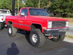 PAIRS OF 4X4 LIFTED CHEVY PICK-UP
