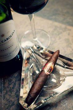 Forever A Gentleman Whisky, Cigars And Whiskey, Good Cigars, Pipes And Cigars, Cigar Reviews, Aurora, Cigar Art, Cigar Club, Premium Cigars