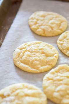 Lemon Crinkle Cookies, Lemon Cookies, Delicious Desserts, Dessert Recipes, Yummy Food, Healthy Desserts, Lemon Recipes, Sweet Recipes, Fast Recipes