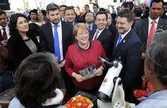 Presidenta Michelle Bachelet dio inicio a Expo Turismo Santiago 2015