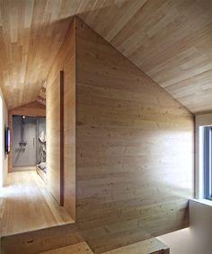 Another Cool Small Space - LifeEdited / Denis Svirid