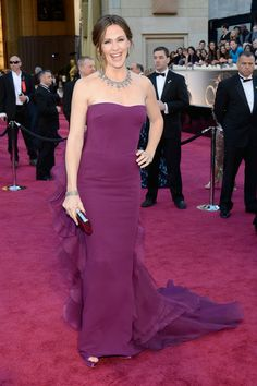 academy award jewelry   Jennifer Garner in a purple Gucci dress. Unfortunately this landed the ...
