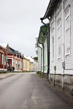 Here's my little introduction to Rauma, a town on the west coast of Finland, who's beautiful old town has been awarded the UNESCO world heritage site badge. Europe Holidays, Baltic Sea, Our World, Helsinki, Old Town, Old Houses, West Coast, Destinations, Wanderlust