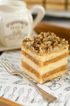 """Sękaczek"" - Pastry with apples and wallnuts - pastry with apples and walnuts Polish Desserts, Polish Recipes, Fun Desserts, Polish Food, Food Cakes, Cupcake Cakes, Cupcakes, Baking Recipes, Cake Recipes"