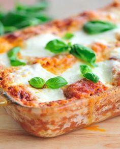 Low FODMAP Recipe and Gluten Free Recipe - Classic lasagne (Update) http://www.ibssano.com/low_fodmap_recipe_classic_lasagne.html