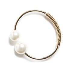 Annmarie Pearl Bangle - love the style and the pearls! Love me some pearls! Casual Chic Style, Style Me, Fix Clothing, Stitch Fit, Fade Styles, Stitch Fix Outfits, Stitch Fix Stylist, Gold Bangles, Fitness Fashion