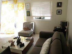 Apartamento en la zona de los Altos de Arroyo Hondo con 95Mts2. 3 habitaciones, 2 baños, 3er. nivel, intercom, Shuter, balcón, sala, cocina, cuarto de servicio, 2 parqueos sin techar,rejas, aire split.