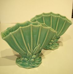 VINTAGE 1940's PAIR (2) OF MCCOY GREEN HOLLY BERRY FAN VASES - wish list. . . . would be perfect for holding utensils at  party