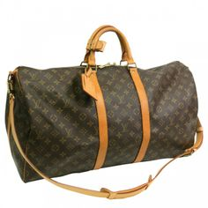 Find this authentic LOUIS VUITTON Keepall Bandouliere 55 Boston Bag made from monogram canvas on SWAYY. The interior opens to a brown textile. The iconic and ever popular Keepall features a spacious interior and has the addedd benefit of folding flat. Versatile stylish and functional the Keepall is a perfect weekend getaway bag https://www.swayy.com.au/handbags/louis-vuitton-keepall-bandouliere-55-monogram.html