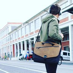 Cargo Messenger stylish business #waterfielddesigns #cargo #sfbags #gq #business #tech #apple #mac #finance #style #fashion #fashionblogger #ipad #pc #microsoft #computer #instalike #instalikes #instafollow #instafollowers  #Regram via @sfbags