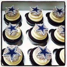 Dallas cowboy star cupcakes