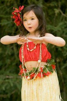 Hawaiian Hula dancer Keiki