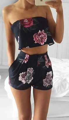 Ensemble fleuri crop top et short