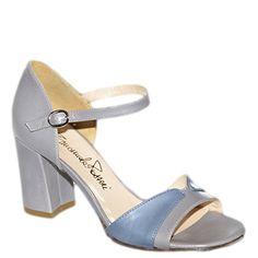 #Sandalo con tacco grosso di media altezza in pelle blu chiaro di #EmanuelaPasseri http://www.tentazioneshop.it/scarpe-emanuela-passeri/sandalo-4031-grigio-emanuela-passeri.html