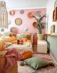 """"""""""" 20 Cozy Dorm Room Ideas to Snuggle Up To """""""" """"Cozy"""" rooms are almost universally loved by all. And for good reason! Get inspired by checking out these 20 cozy dorm room ideas when you need inspiration for creating your own at college! Home Decor Bedroom, Diy Home Decor, Bedroom Ideas, Bedroom Designs, Modern Bedroom, Diy Bedroom, Artistic Bedroom, Orange Home Decor, Bedroom Country"""