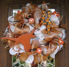 Deco Mesh UNIVERSITY of TEXAS LONGHORNS Wreath by decoglitz