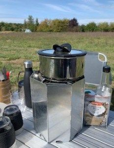 Most gas camping stoves make us sad. Read our recommendations for the best camping stoves that make us happier and why NOT to buy a Campingaz Xcelerate. Camping Cooker, Best Camping Stove, Tent Camping, Camping Gear, Campsite, Tv Westerns, Small Grill, Stainless Steel Stove, New Stove