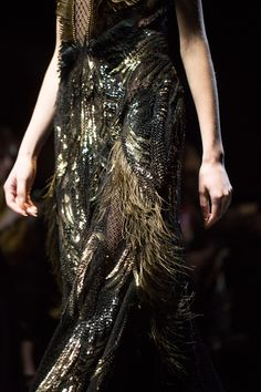 Gucci Women's FW 2013-2014. Bling and feathers... absolutely love it!