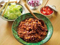 栗原 はるみ さんのキドニービーンズを使った「チリコンカン」。いろいろなスパイスを使うと、味に深みが生まれます。たっぷりの生野菜やハーブを添えて、サラダのように食べると、ヘルシーです。 NHK「きょうの料理」で放送された料理レシピや献立が満載。