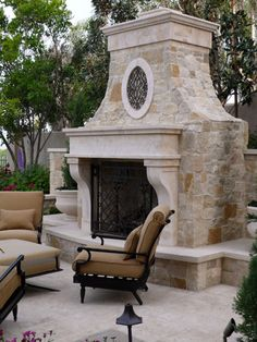 Mantel, Oval Frame & Crown in Beaumaniere Limestone