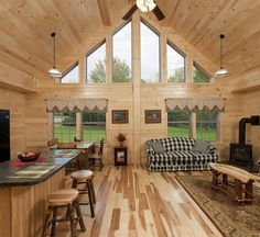 Modular Log Cabin Homes | Mountaineer Deluxe Great Room