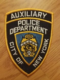 Police Precinct, New York Police, Police Patches, Police Cars, Law Enforcement, Badges, Nyc, Military, Collections