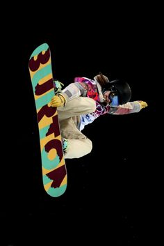 Kelly Clark of the United States competes in the Snowboard Women's Halfpipe Finals (c) Getty Images