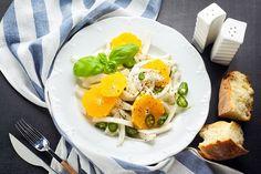 Вкусные фантазии: 7 блюд с фенхелем на каждый день  Фенхель появляется в нашем меню не так часто, как того заслуживает. Между тем, этот удивительный продукт заключает в себе массу ценных качеств и способен подарить привычным блюдам новые нотки. Как готовить фенхель вкусно, интересно и полезно? Давайте разбираться вместе. #фенхель #блюда #секретыприготовления #рецепты #полезно #вкусно #витамины #эфирныемасла #блюданакаждыйдень #маринованныйфенхель #свежийфенхель
