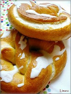 Limara péksége: Perec Bread Recipes, Cake Recipes, Bread Rolls, Onion Rings, Bagel, Biscuits, Lime, Favorite Recipes, Baking