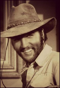 ♡♥Elvis with a beard looks good in his movie 'Charro' in 1968♥♡