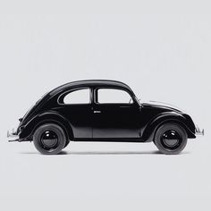 Monochrome Volkwagen Beetle. Black on Black on Black. Car inspiration. ANALOG|DIALOG