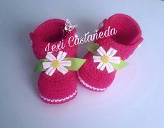 Botitas para bebita a crochet